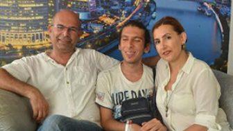 Görme Engelli Uğur Baran Koç Üniversitesi'ni Tam Burslu Kazandı