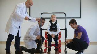 Dünyada bir ilk! İşte Eksoskeleton!