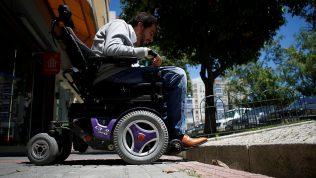 Geliştirdiği mobil uygulama ile engellilerin hayatını kolaylaştırıyor
